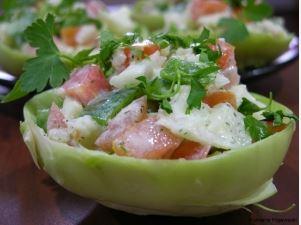 Sałatka z kalarepy w sosie koperkowo-ziołowym